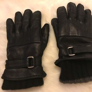Coach black leather and  cashmere gloves inside